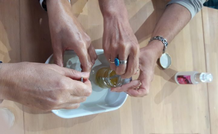 melanger-huiles-essentielles
