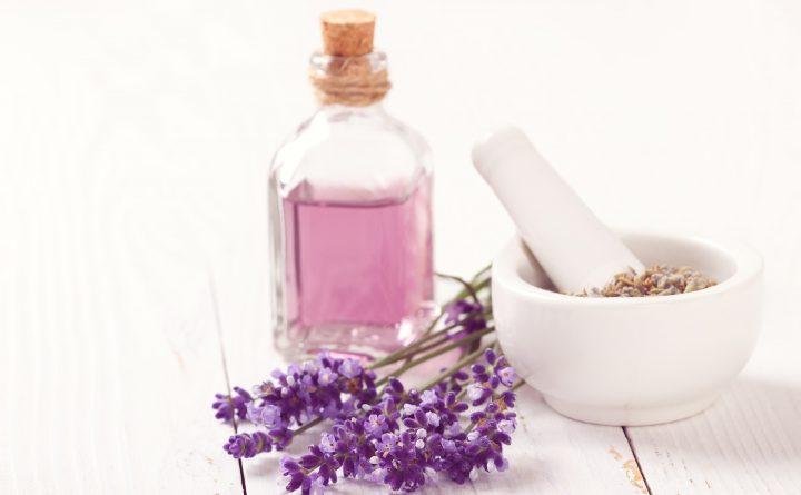 aromatherapy-3173580_1920
